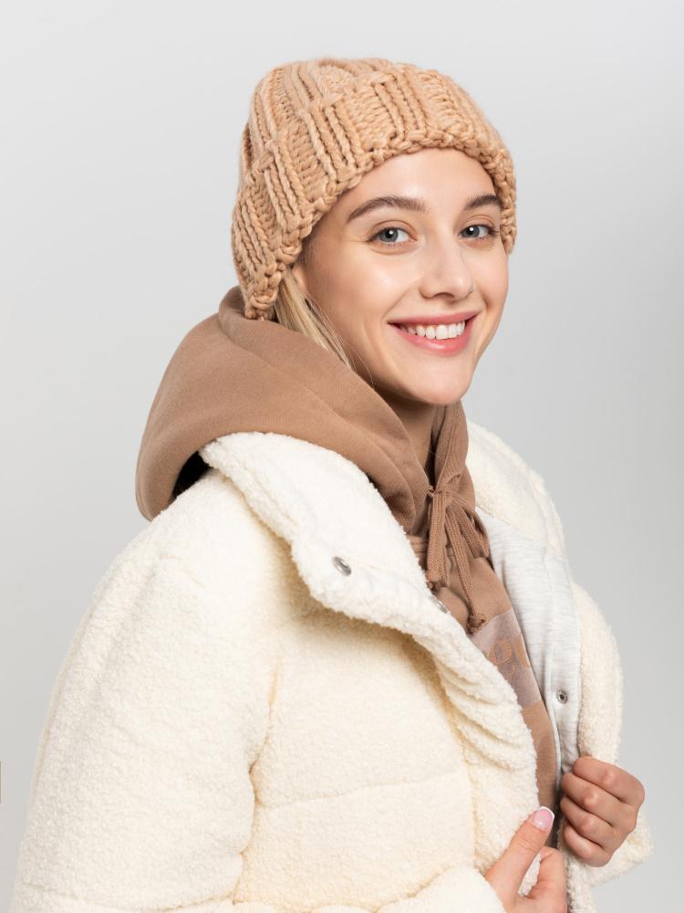 Шапка женская цвет: бежевый, артикул: 0810033301 - купить в интернет-магазине SELA