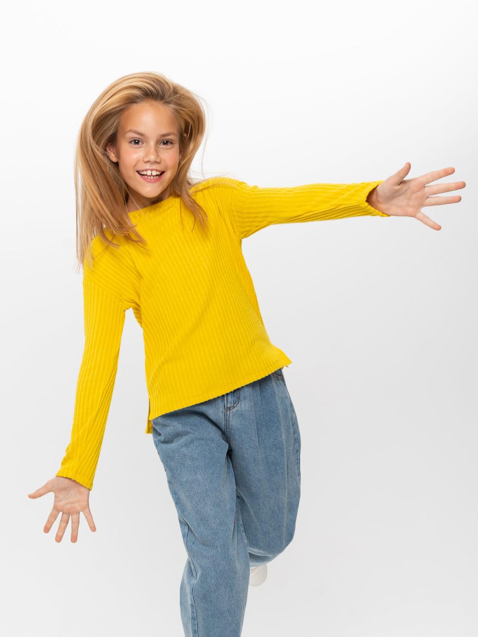 Трикотажный лонгслив в рубчик для девочек цвет: желтый, артикул: 08100502880 - купить в интернет-магазине sela